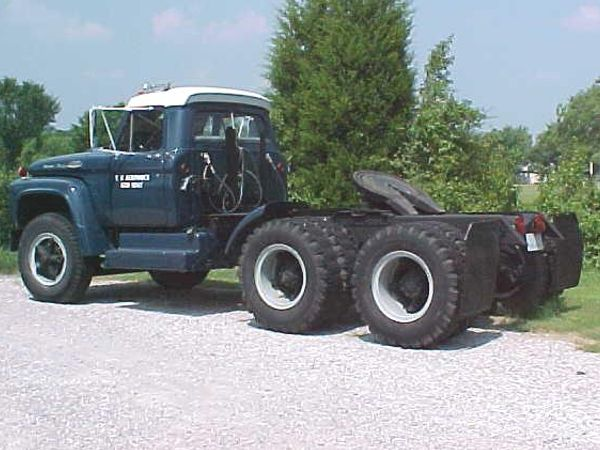 truck tractor located in tulsa oklahoma for sale $ 8500